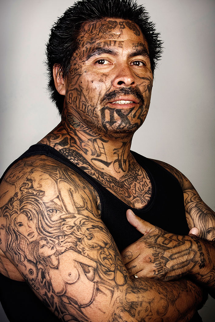 ex-gang-members-tattoos-removed-skin-deep-steven-burton-1