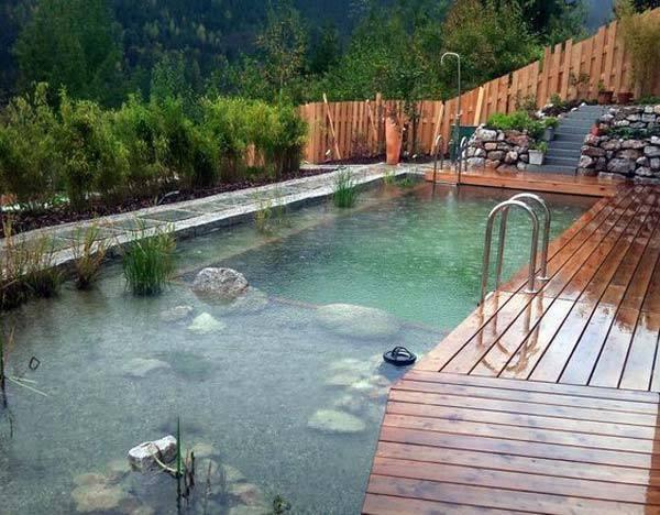9 kerti tó ötlet, ami medence is egyben, hogy kibírd a nyarat – Virality.hu