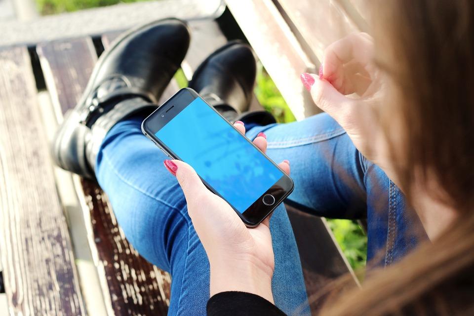 Ingyen, korlátlan mobilnetet kapsz a hétvégén – részletek
