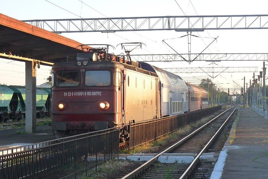 Összeégett egy 21 éves erdélyi srác, aki vonat tetején szelfizett