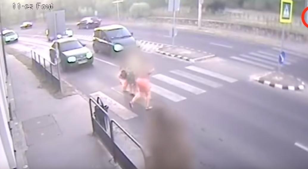 Felkavaró jelenetet vett fel egy magyar zebránál a térfigyelő kamera