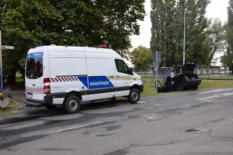 Rendőrök a badacsonyi verekedés helyszínén (fotó: police.hu)