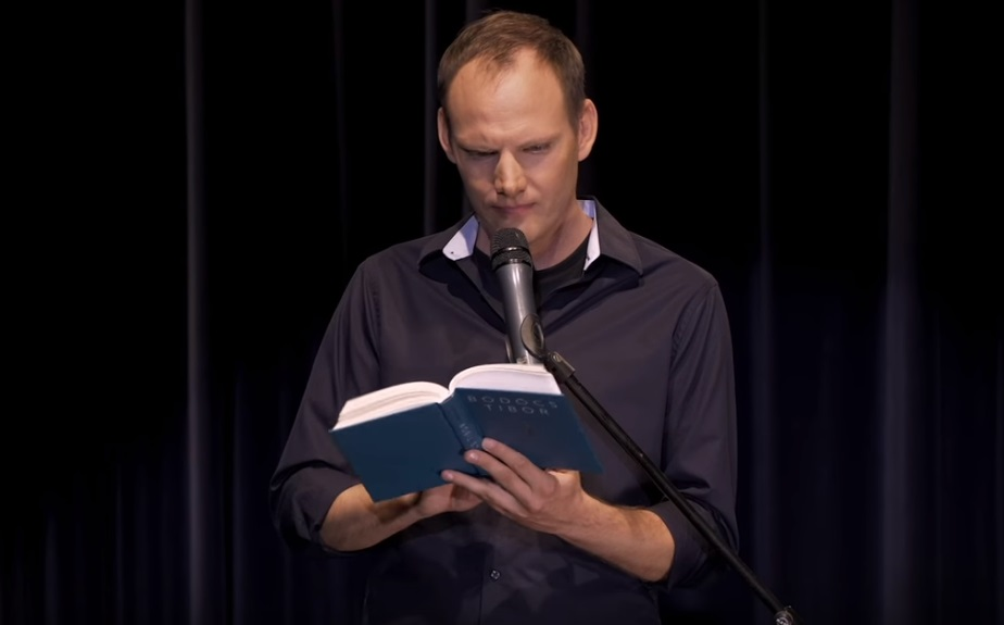 Bödőcs Tibor megmutatta, hogyan írt volna Móricz Zsigmond a NER-ről – videó