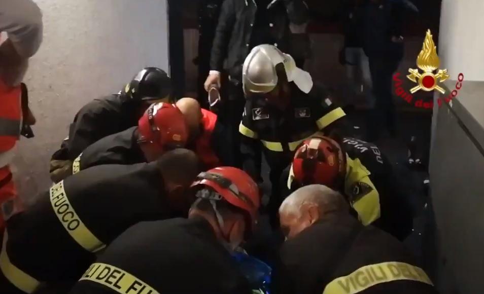 Egymásra zuhantak a szurkolók a megvadult mozgólépcsőn – videók